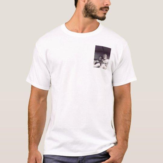 csalad T-Shirt