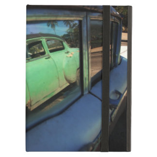 Cuban car reflection iPad air case