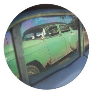 Cuban car reflection plate