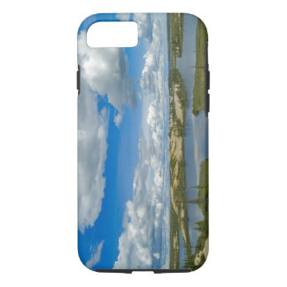 Cumulus clouds float above lakes, Northwest iPhone 8/7 Case