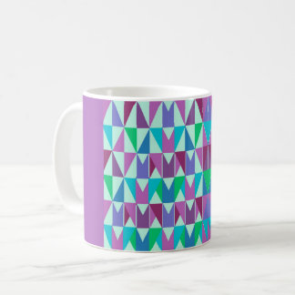 Cup with stylischen triangle samples