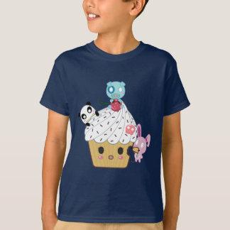 Cupcake Attack! (>_<) T-shirts