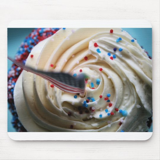 Cupcake frosting with an American flag Mouse Mat