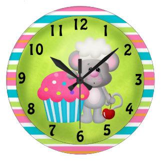 Cupcake Mouse clock