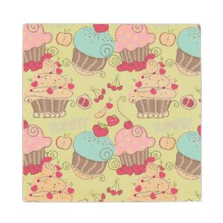 Cupcake pattern wood coaster