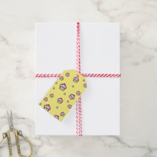 CUPCAKE PATTERN Yellow Gift Tag