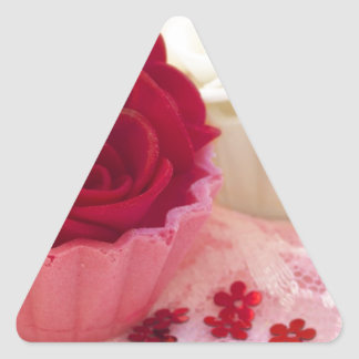 cupcake with roses triangle sticker