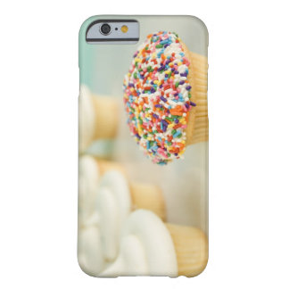 Cupcakes, focus on one in front with barely there iPhone 6 case