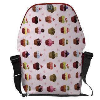 Cupcakes pattern messenger bags