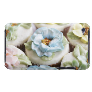 Cupcakes with flower icing iPod touch covers