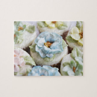Cupcakes with flower icing jigsaw puzzle