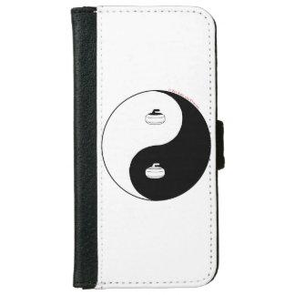 Curling iPhone 6 Wallet Case