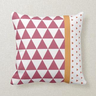 Cushion Triangles Aubergine/Maroon Ogre/