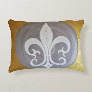 "Cushion ""white lily """