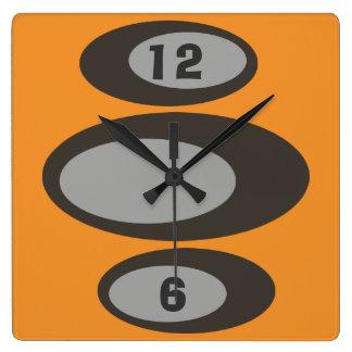 Custom Color - DIY Retro Clocks