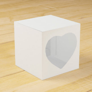 "Custom Favour Box - Square Heart Cut-Out 2"" x 2"""