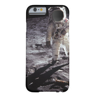 Custom Nasa Astronaught on moon Barely There iPhone 6 Case