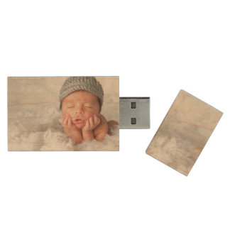 Custom Newborn Photo USB Flash Drive Wood USB 2.0 Flash Drive