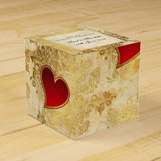 Custom Wedding Golden Hearts Classic Favour Box