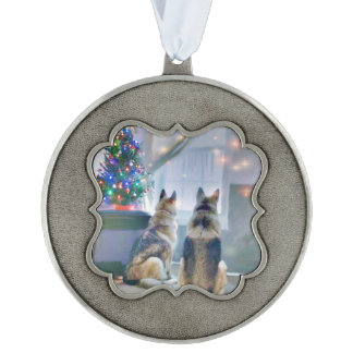 Customizable Pet Owner Pewter Pet Ornament Scalloped Pewter Christmas Ornament