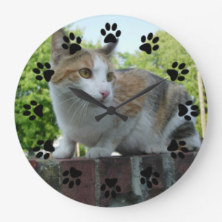 Customizable pet wall clock