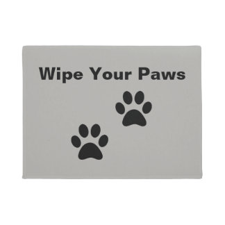 Customizable Wipe Your Paws doormat with paws