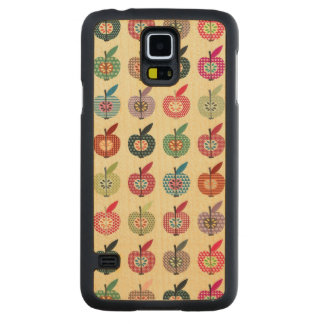 Cute Apples in Retro Style Carved Maple Galaxy S5 Case