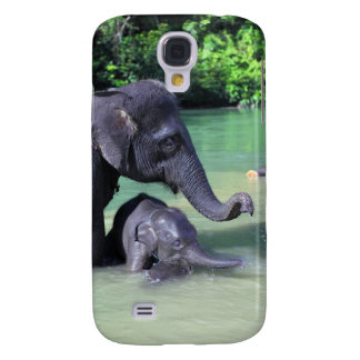 Cute baby elephant bathing in river with mother galaxy s4 case