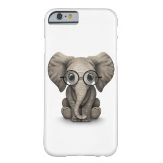 Cute Baby Elephant with Reading Glasses White Barely There iPhone 6 Case