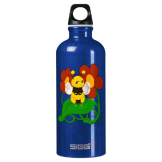 Cute Bee with flowers SIGG Traveler 0.6L Water Bottle