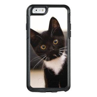 Cute Black And White Tuxedo Kitten OtterBox iPhone 6/6s Case
