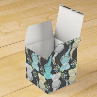 Cute bright baby elephants design favour box