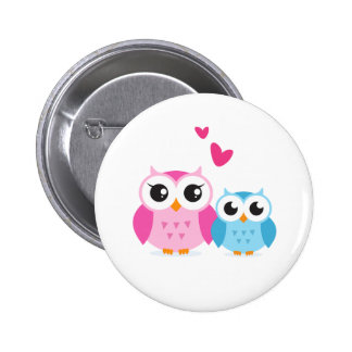 Cute cartoon owls with hearts 6 cm round badge
