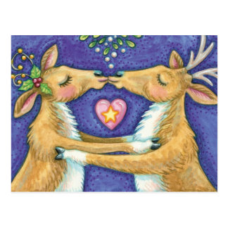 Cute Christmas Reindeer, Romantic Kiss w Mistletoe Postcard