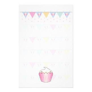 Cute Cupcake Bunting Pattern Stationery