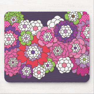 Cute doodle flower illustration mouse pad