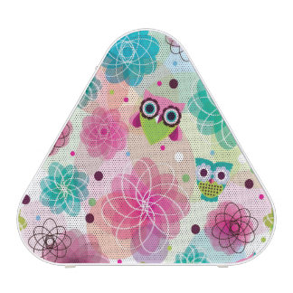 Cute flower owl background pattern