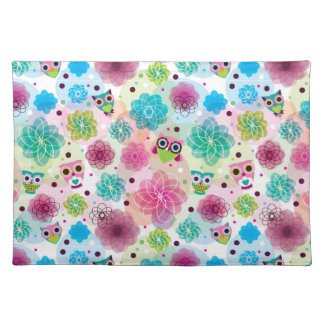 Cute flower owl background pattern placemat