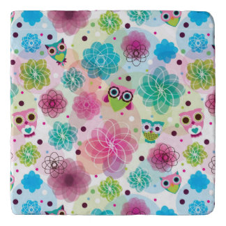 Cute flower owl background pattern trivet