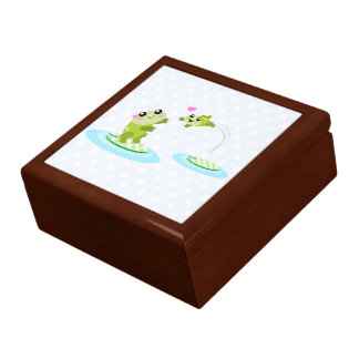 Cute frogs - kawaii mother and child frog gift box