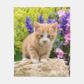 Cute Ginger Cat Kitten in Flowery Garden - comfy Fleece Blanket