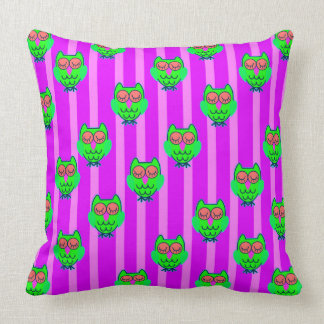 Cute green owls seamless pattern cushion
