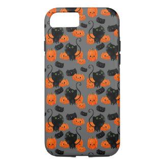 Cute Halloween cat with pumpkins iPhone 8/7 Case