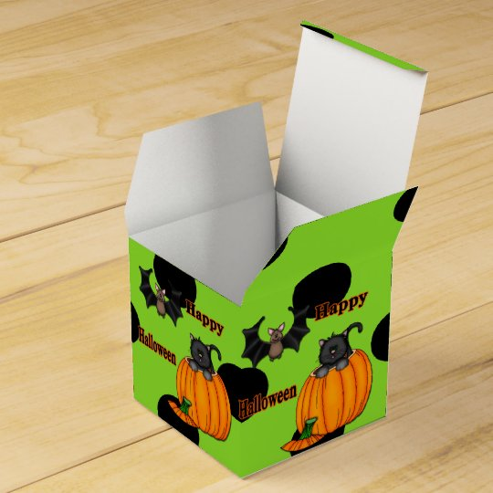 Cute Halloween Kitten, Bat Square Favour Boxes