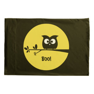 Cute Halloween Owl with customised Moon colours Pillowcase