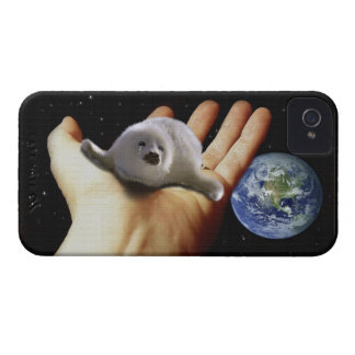 Cute Harp Seal Fantasy Art Wildlife Supporter iPhone 4 Case