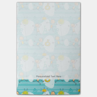 Cute kids playing on the beach pattern post-it® notes