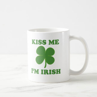 Cute Kiss me i'm Irish Sayings Coffee Mug