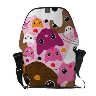 cute kitten cat background pattern commuter bag