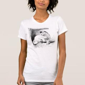 Cute Kitten Etching Design T-shirt
